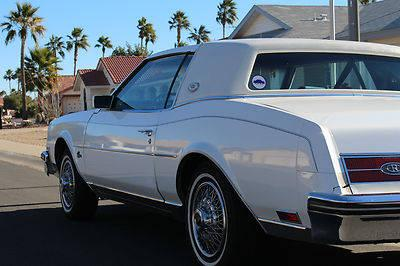 1985 buick riviera 54k actual miles sun city az estate car all power for sale in scottsdale. Black Bedroom Furniture Sets. Home Design Ideas