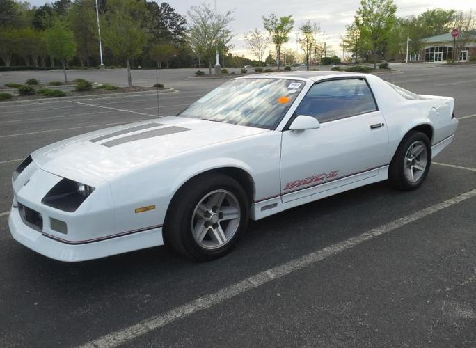 1985 chevrolet camaro iroc z28 for sale in bells cross roads north carolina classified. Black Bedroom Furniture Sets. Home Design Ideas