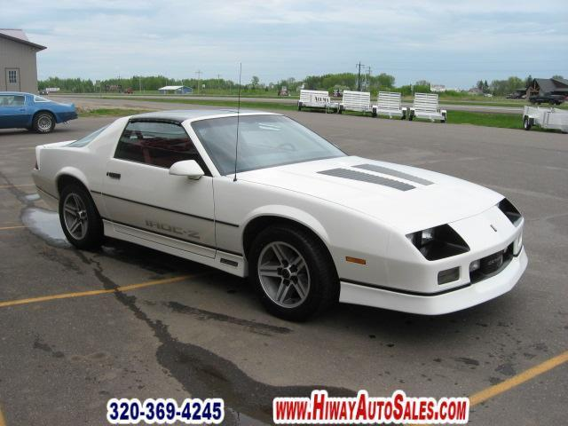 1985 chevrolet camaro z28 for sale in pease minnesota classified. Black Bedroom Furniture Sets. Home Design Ideas