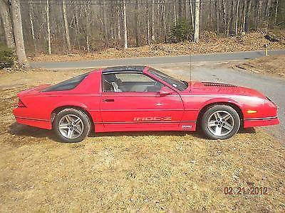 1985 chevrolet camaro z28 iroc z coupe 2 door 5 0l for. Black Bedroom Furniture Sets. Home Design Ideas