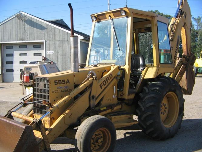 1985 Ford 555A XL tractor loader backhoe up for sale for