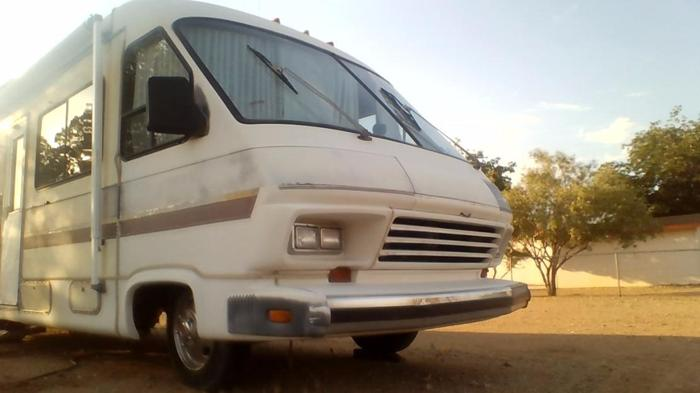 1986 Dolphin 3100 For Sale In Golden Valley Arizona