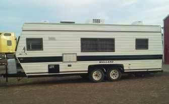 1986 Fleetwood Mallard Travel Trailer in Shields, ND