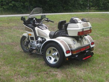 1986 Honda Gold Wing ASPENCADE SE MOTORCYCLE TRIKE