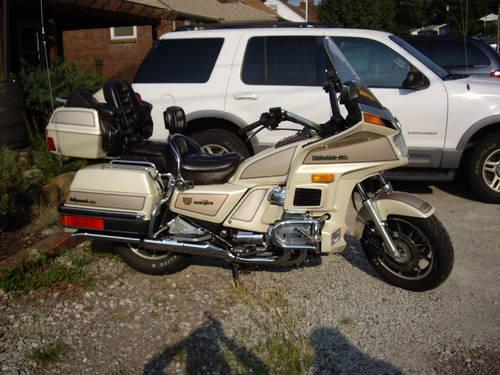 1986 Honda Goldwing Aspencade SE I Motorcycle