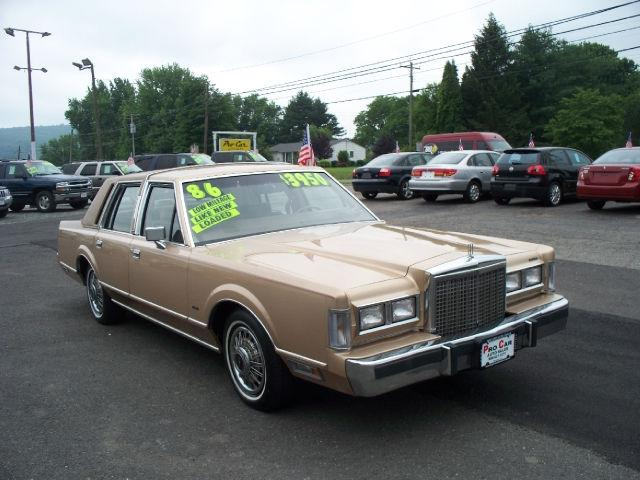 1986 lincoln town car for sale in hampton new jersey classified. Black Bedroom Furniture Sets. Home Design Ideas