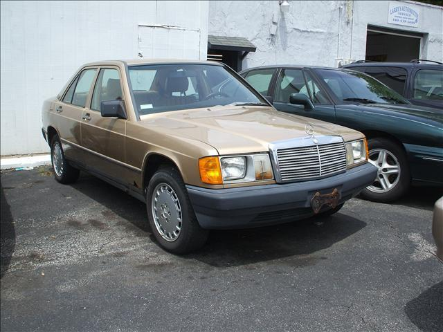 1986 mercedes benz 190 1986 mercedes benz 190 model car