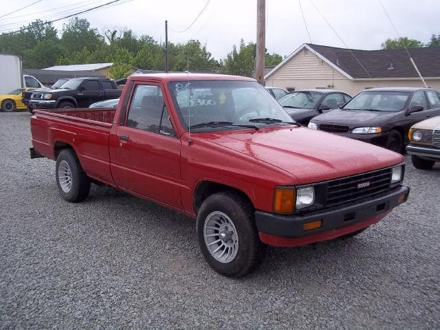 1986 toyota pickup for sale in louisville kentucky. Black Bedroom Furniture Sets. Home Design Ideas