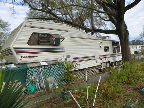 1987 Coachman 5th Wheel