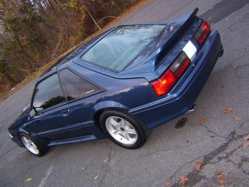 1987 MUSTANG GT -5 speed
