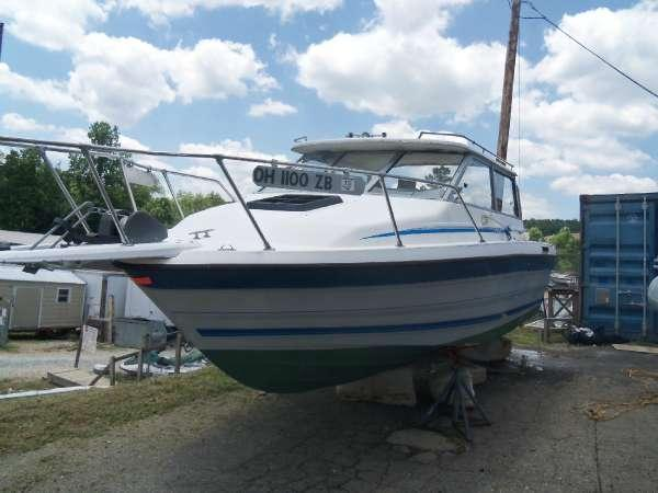 1988 Bayliner 2159 Trophy Offshore Cuddy Fisherman Cobra 3 0