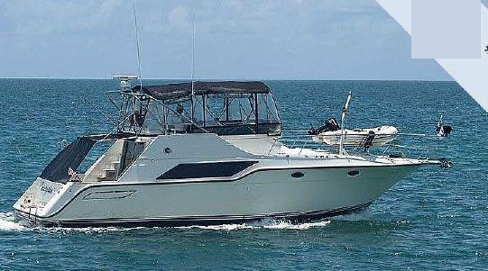1988 Cruisers Yachts 4280 Express Bridge