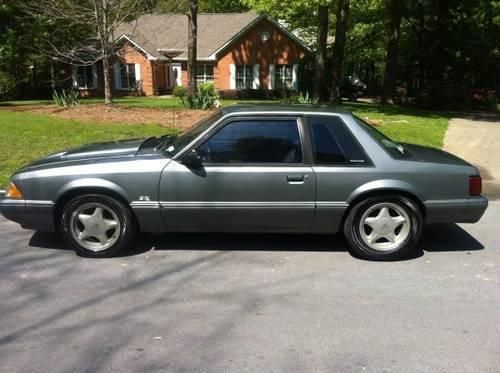 1988 ford mustang 302 v8 good condition for sale in calhoun georgia classified. Black Bedroom Furniture Sets. Home Design Ideas