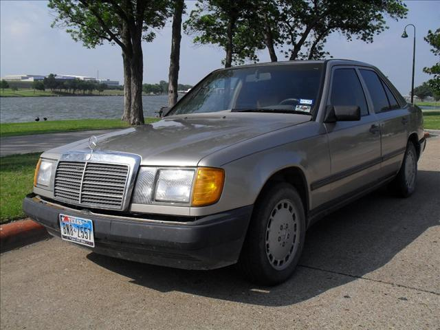 1988 mercedes benz e class 260e for sale in dallas texas for Mercedes benz for sale in dallas tx