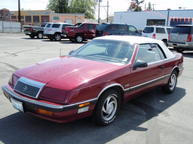 1988 chrysler lebaron highline for sale in yakima washington classified. Black Bedroom Furniture Sets. Home Design Ideas