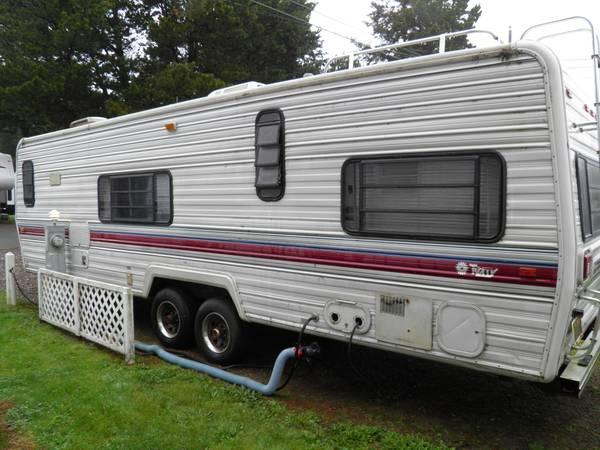 1989-- 30' Fleetwood Terry Travel Trailer - for Sale in