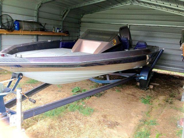 1989 Bayliner Cobra Fish and Ski 19ft Boat