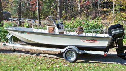 1989 Boston Whaler MONTAUK 17