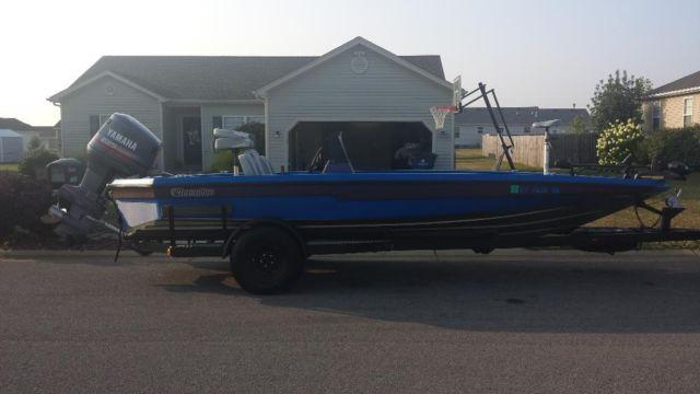 1989 champion 20 39 bass boat for sale in bowling green kentucky classified. Black Bedroom Furniture Sets. Home Design Ideas