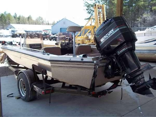 1989 Champion Boats 20 U0026 39  Fish  U0026 Ski For Sale In Bay Mills