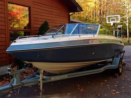 American 180 Full Auto For Sale: 1989 Four Winns Horizon 180 Bowrider 4.3 OMC Cobra 170HP