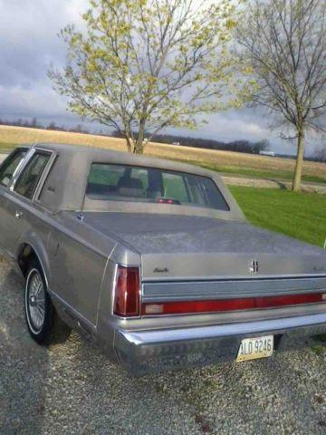 1989 lincoln town car for sale in dunkirk ohio classified. Black Bedroom Furniture Sets. Home Design Ideas