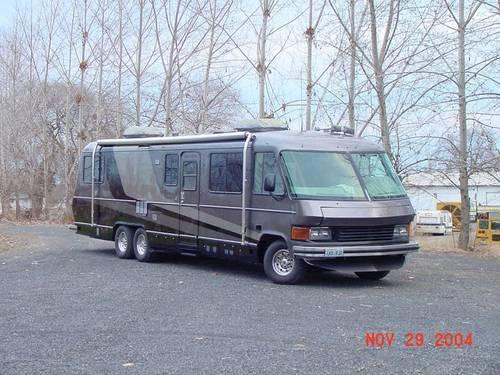1989 Revcon SE 35 ft Motorhome RV