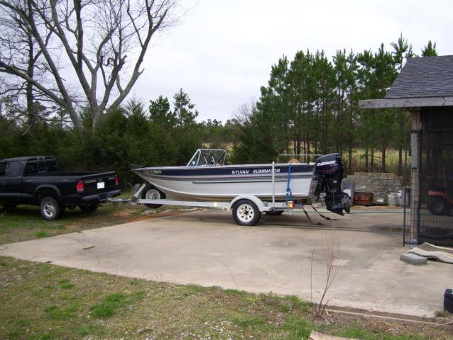 1989 Sylvan Eliminator, 2007 Evinrude 90 HP Etec with only 32 hours