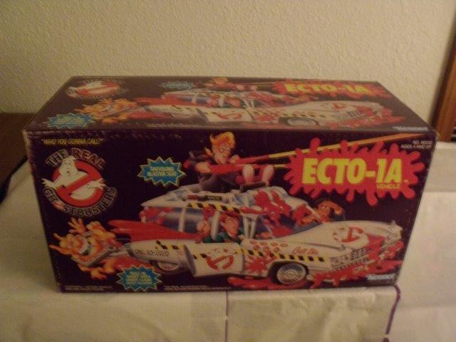 *1989 THE REAL GHOSTBUSTERS - ECTO-1A *PRICE AT $420.00