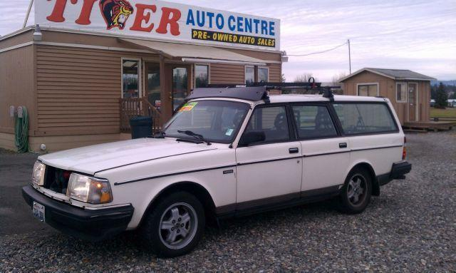 1989 Volvo 240 DL for Sale in Arlington, Washington Classified | AmericanListed.com