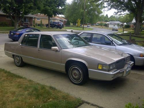 1990 cadillac fleetwood for sale in dayton ohio. Black Bedroom Furniture Sets. Home Design Ideas