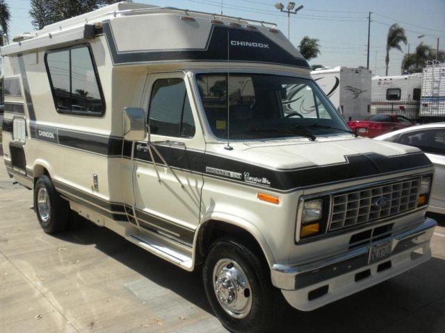 1990 Chinook Concourse 18 Super Clean Ready To Go For