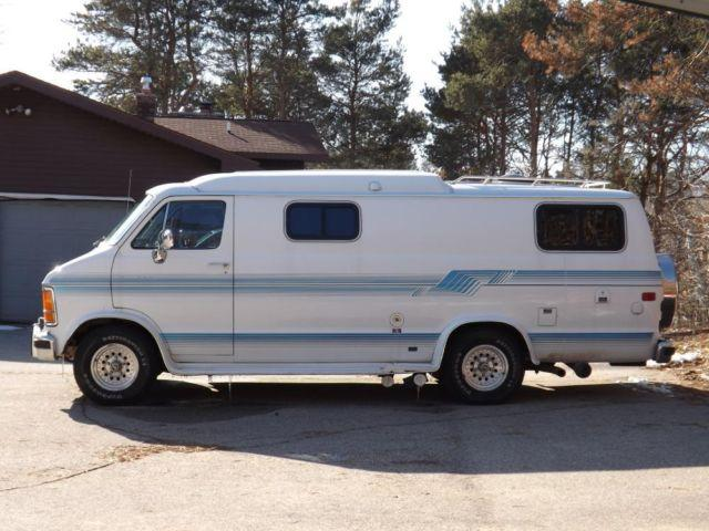 1990 dodge xplorer camper van for sale in rockford michigan classified. Black Bedroom Furniture Sets. Home Design Ideas
