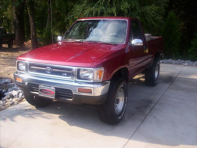 1990 toyota pickup deluxe for sale in taylorsville north carolina classified. Black Bedroom Furniture Sets. Home Design Ideas