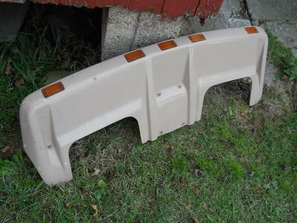 Lund Racerback Car Parts For Sale In The Usa Used Car Part