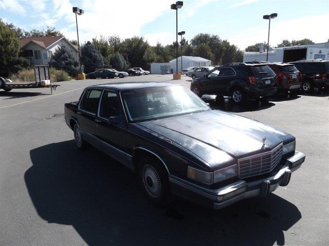 1991 Cadillac DeVille Base 4dr Sedan