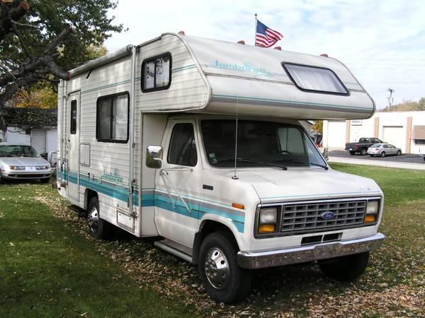 1991 Fleetwood Jamboree Searcher 23' Motorhome - $5500