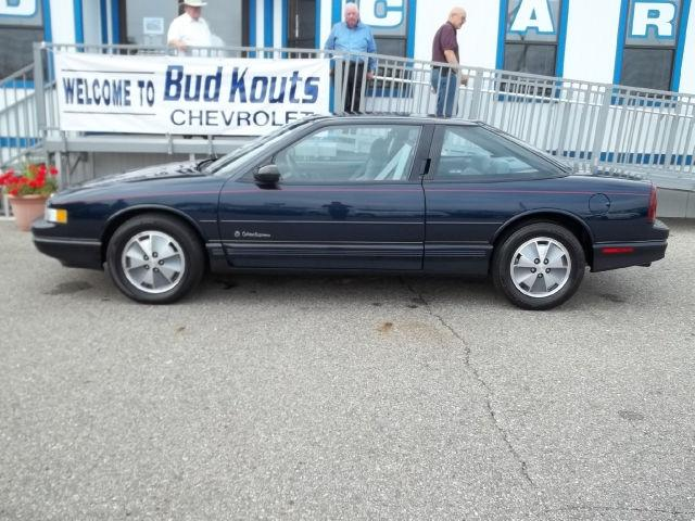 1991 Oldsmobile Cutlass Supreme International