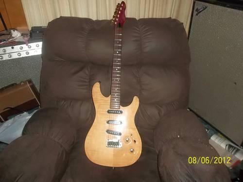 1991 peavey falcon custom guitar for sale in great falls montana classified. Black Bedroom Furniture Sets. Home Design Ideas