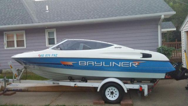1992 Bayliner Capri 1850 Boat for sale with Shorelandr trailer