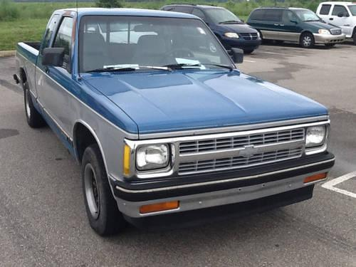 1992 chevrolet s 10 ext 2wd stick pickup truck for sale in cartersburg indiana classified. Black Bedroom Furniture Sets. Home Design Ideas