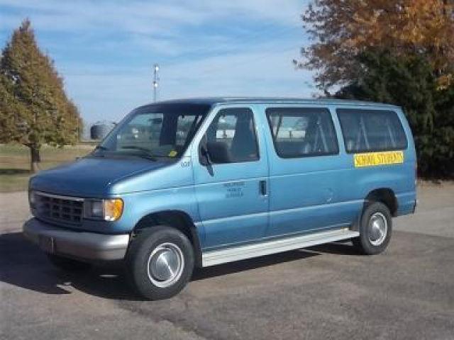 1992 Ford Club Wagon for Sale in Holdrege, Nebraska ...