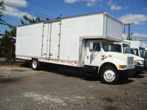 1992 international 4900 26 39 moving truck for sale in newark new jersey classified. Black Bedroom Furniture Sets. Home Design Ideas
