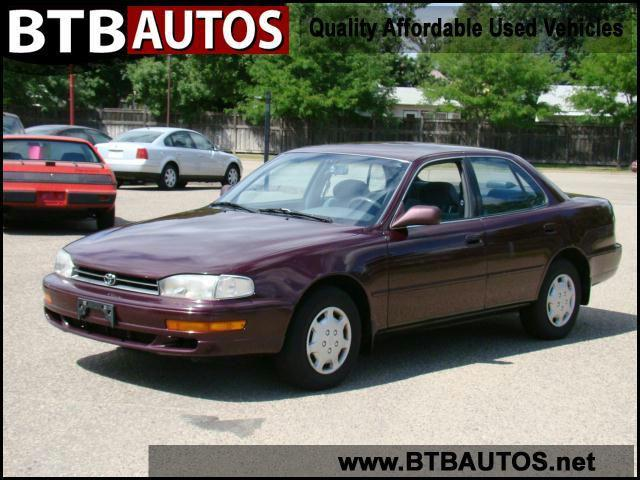 1992 toyota camry le for sale in hopkins minnesota. Black Bedroom Furniture Sets. Home Design Ideas