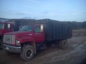 1993 Chevy Silage Dump Truck - $7000 (OXFORD)
