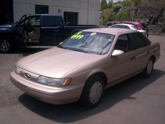 1993 Ford Taurus Gl For Sale In Vestal New York