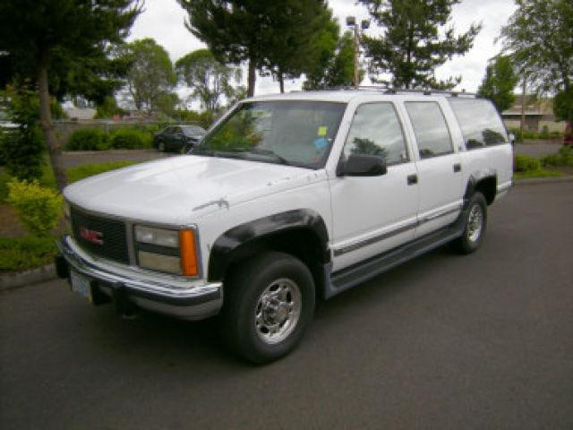 1993 gmc suburban 2500 for sale in forest grove oregon. Black Bedroom Furniture Sets. Home Design Ideas