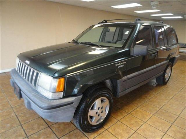 1993 jeep grand cherokee laredo for sale in downers grove illinois classified. Black Bedroom Furniture Sets. Home Design Ideas