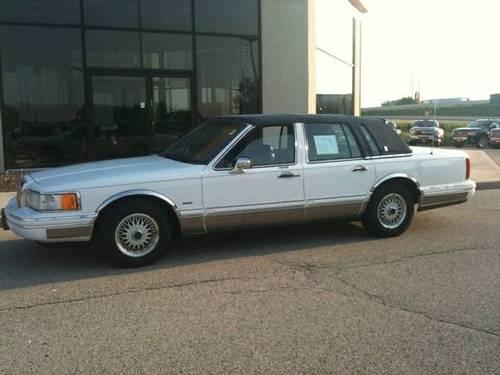1993 Lincoln Town Car Signature Series 135 000 Miles