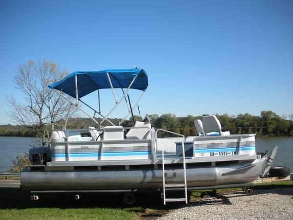 1993 suncruiser pontoon boat 18 39 for sale in chillicothe ohio classified. Black Bedroom Furniture Sets. Home Design Ideas